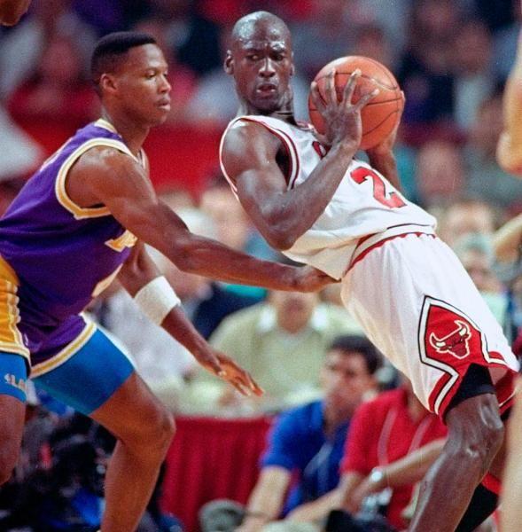 NBA Finals : Classic photos of Michael Jordan