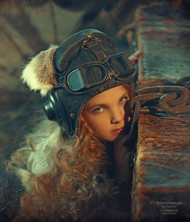 Steampunk aviator style