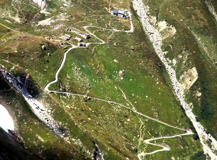 COURMAYEUR (Valle d'Aosta) - Italy - VAL VENY - Rifugio Elisabetta visto dal Monte Fortin - Italy - by Guido Tosatto