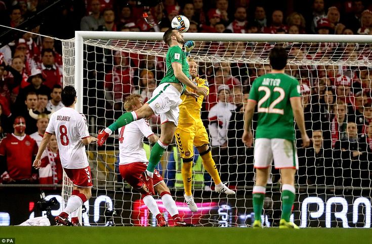 Shane Duffy nodded home just ahead of Kasper Schmeichel after a free-kick was diverted into his path by Nicolai Jorgensen