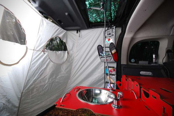 Swiss Room Box Turns Your Car or Van into Camper Instantly