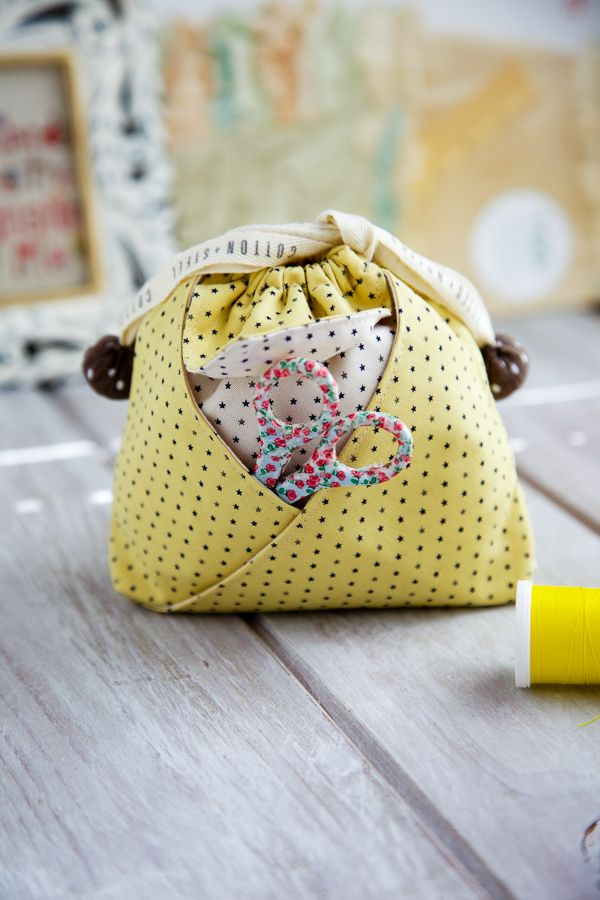 oh so cute Mini String Pouch | Minki's Work Table