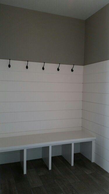 Locker room, Ship – lap mudroom Great back entry w…