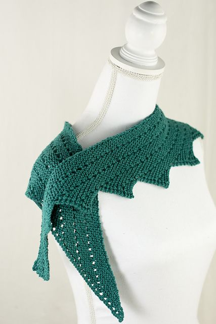 Ravelry: Navarre Shawl pattern by Laurie Beardsley