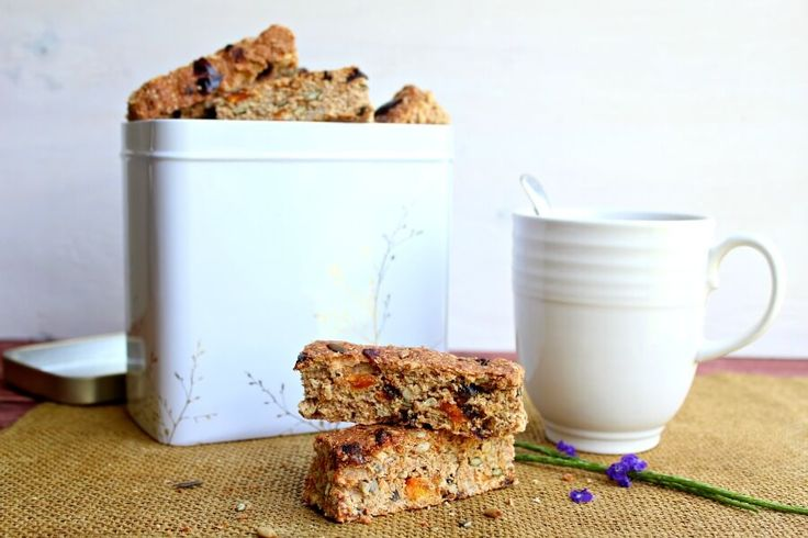 These Mango Date Brown Flour Muesli Rusks are a healthy South African rusk recipe that is easy to make, naturally sweetened and packed full of goodness!