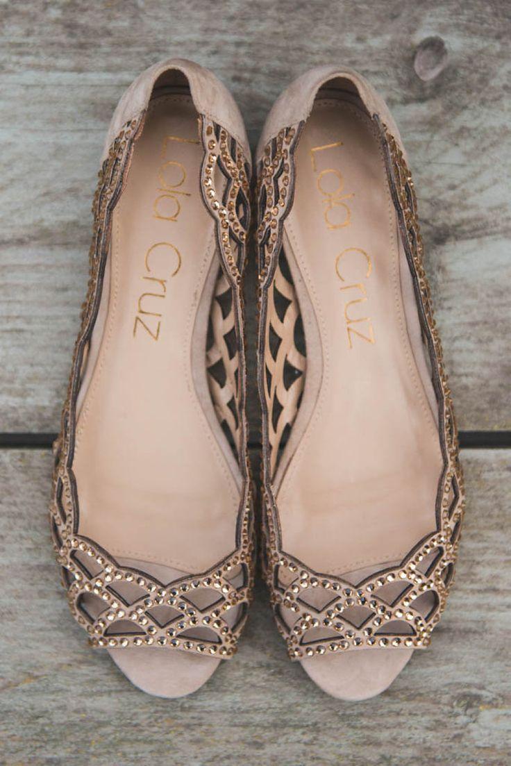 Hot item! We zijn verliefd op deze platte sandalen met steentjes! |  Lola Cruz