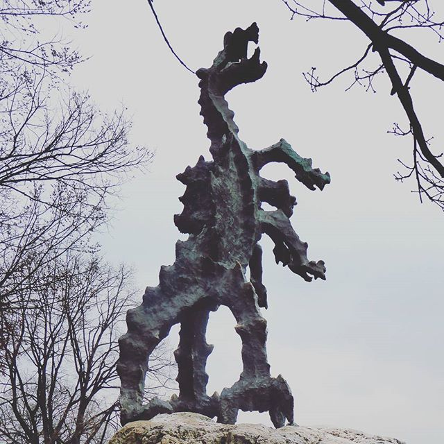 The dragon of Wawel. From where Krakow was funded.. the myths and mysteries of the dragons den.... #travel #wanderlust #adventure #exploreeurope #explore #weekendgetaway #girlsgetaway #poland #krakow #NordicTB #igers #culture #weekend #dametraveler #history #dragons