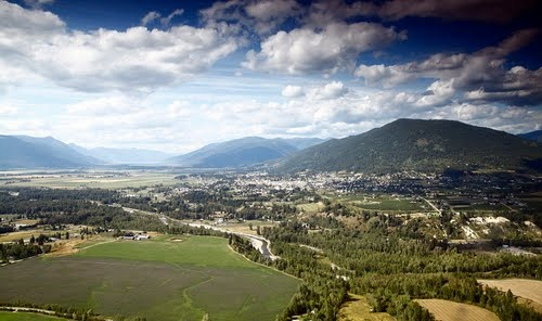 Creston, BC... Lived here when I was 11-13..