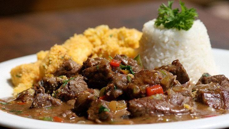 A receita de picadinho do restaurante Na Cozinha, pelo chef Carlos Ribeiro, foi a mais premiada de São Paulo.
