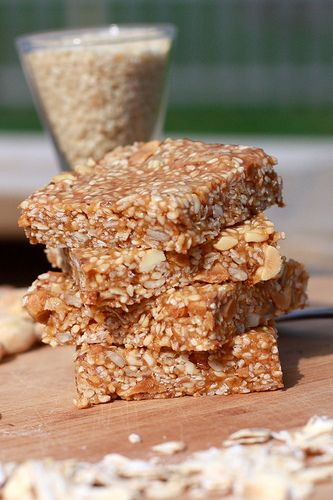 Peanut butter sesame seed granola bars - like Bumble Babies from Bloomingfoods coop