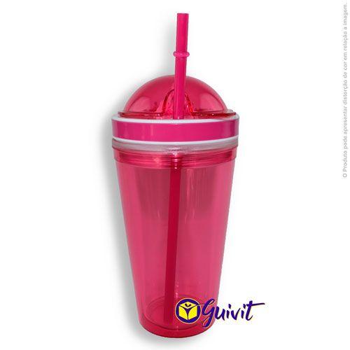 Pink Plastic Cup with Straws and Squeezers (Copo de Plástico Rosa com Canudo e Espremedor)