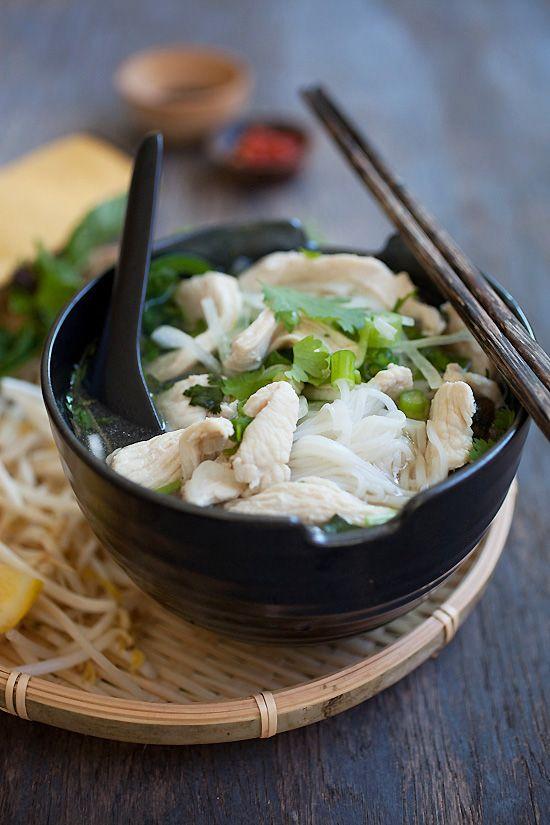 Vietnamese Chicken Noodle Soup (Pho Ga) | Easy Asian Recipes http://rasamalaysia.com