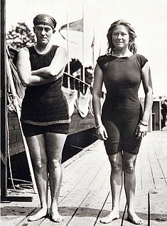 Fanny Durack (left) and Mina Wylie at the 1912 Olympics. Women competed in swimming events for the first time in 1912, but none of them were from America, which did not allow its female athletes to compete in events without long skirts. The first women's swimming gold medal was won by the Australian Sarah 'Fanny' Durack, who won the 100m freestyle in 1912.