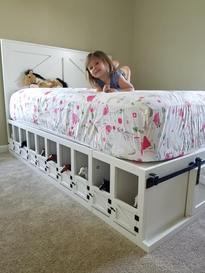 Kids Bed With Toy Horse Stable Underneath It Such A Cool