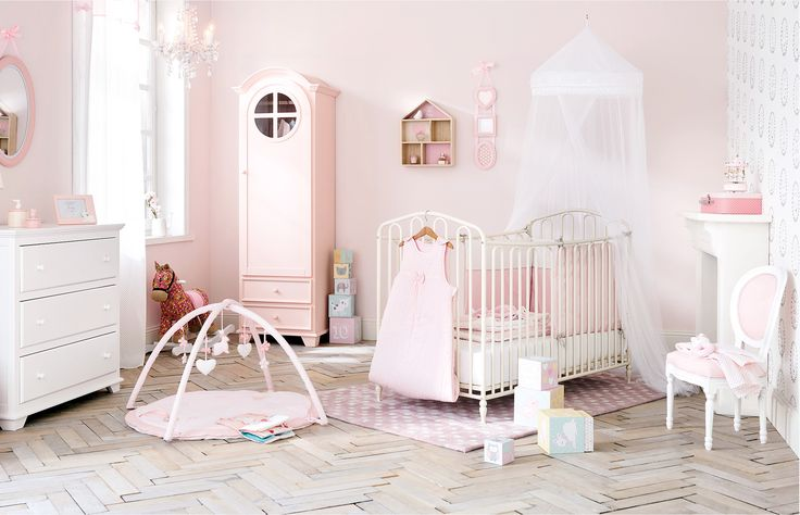 Plafoniere Cameretta Bimbo : 99 best cameretta bimbo images on pinterest child room baby rooms