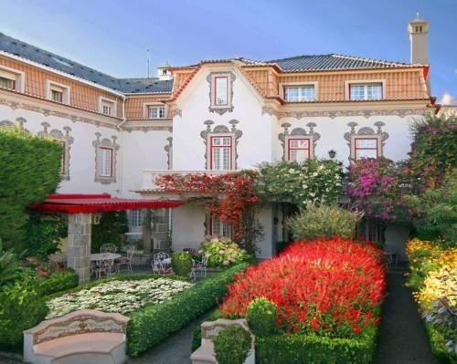 Cascais Portugal Hotels - Pergola Guest House B&B
