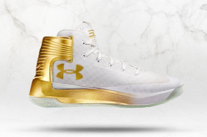 Stephen Curry's New Under Armour CURRY 3ZER0 Launches in Limited Edition Gold