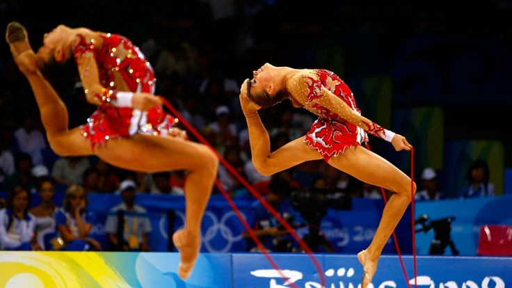 gymnasts, skipping rope, deflection - http://www.wallpapers4u.org/gymnasts-skipping-rope-deflection/
