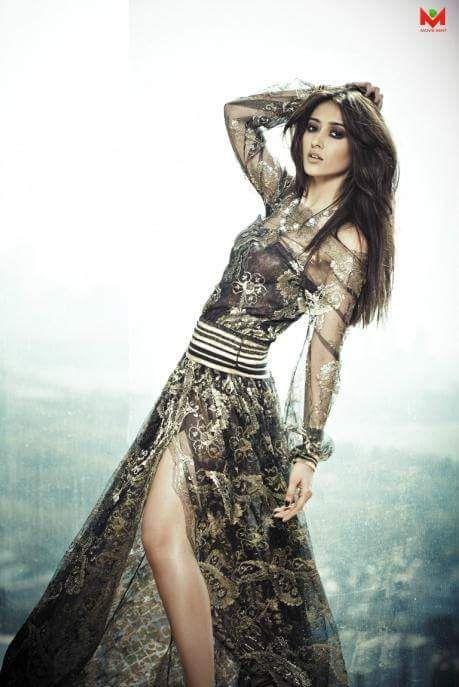 Sexy Unseen Indian girls pic: Ileana d'curz instagram bikni pics