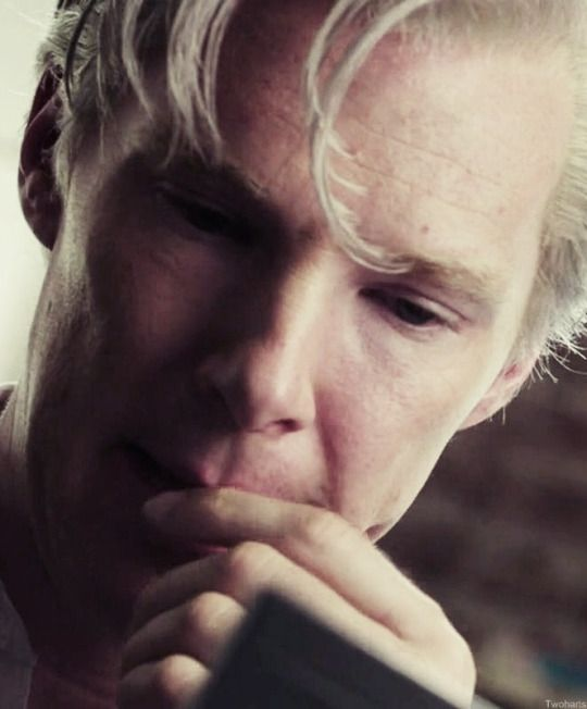"As Julian Assange in ""The Fifth Estate"" <3 .."
