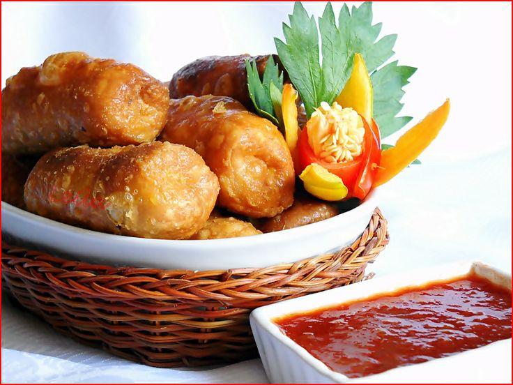 Bucataresele Vesele-retete culinare,retete ilustrate: Rulouri in aluat fraged - Rulouri Thailandeze Po Pia Thot