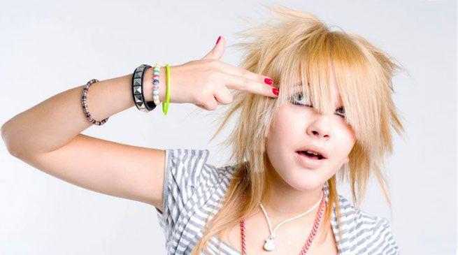 emo hairstyle, hairdo