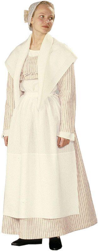 Hausjärven naisen kansallispuku. Kuva © Suomen kansallispukuneuvosto, Timo Ripatti 1991 | The Hausjärvi folk dress, Finland. By the Finnish Council of Folk Costumes.