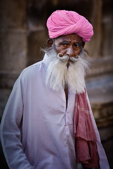 Picture perfect pink... | WALTER G - Tales of Textiles