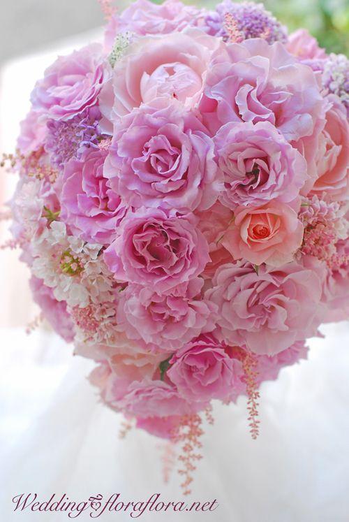 "FlowerStudioFLORAFLORA*TOKYO* フラワースタジオフローラフローラ*東京* バラ""ラ・マリエ""のセミキャスケードブーケ"