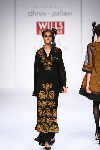 Dhurv - Pallavi. WLFW A/W 14'. Indian Couture.