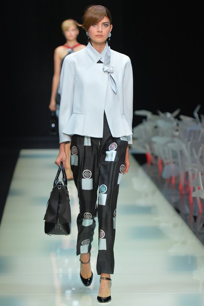 Giorgio Armani RTW Spring 2016 - wearable if you are tall.