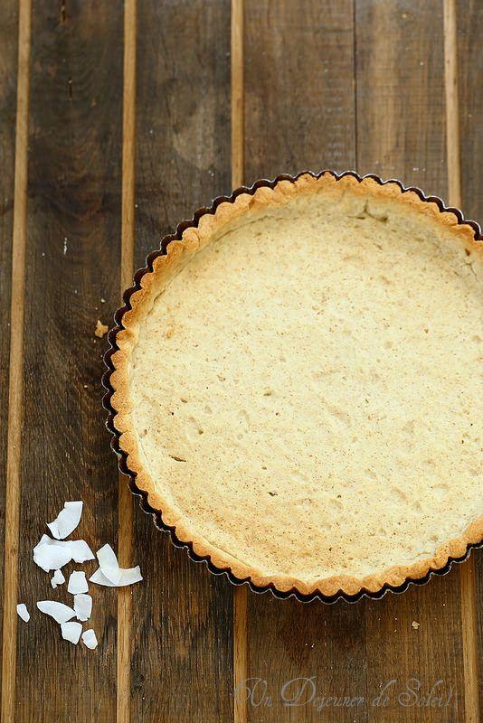 Un dejeuner de soleil: Pâte à tarte à l'huile de noix de coco