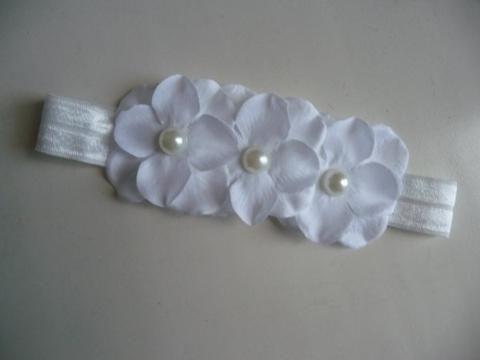 wit elastisch hoofdbandje met 3 bloemen