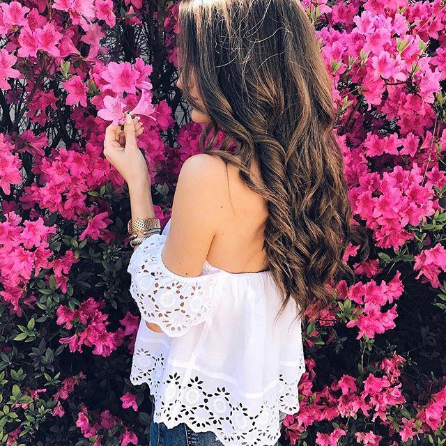 // @hannahohx // floral hair