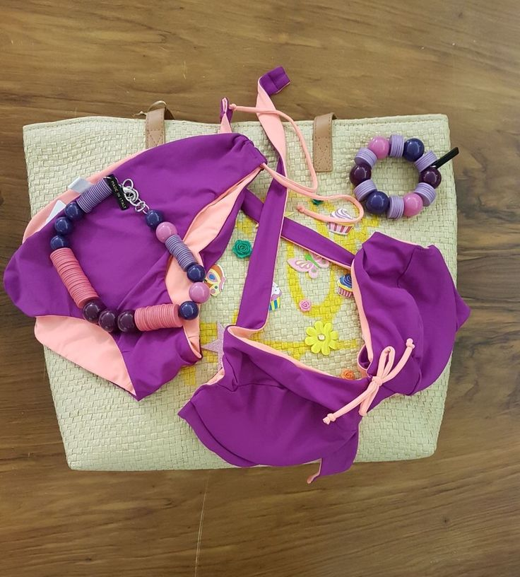 Sunday at the beach 🌞 #beachstyle #bikini #beachlovers #summerstyle #summerishere #almostjune #purple #coral #bag #accessories #pink #ss17 #newcollection #indaco #fashion #bojuà