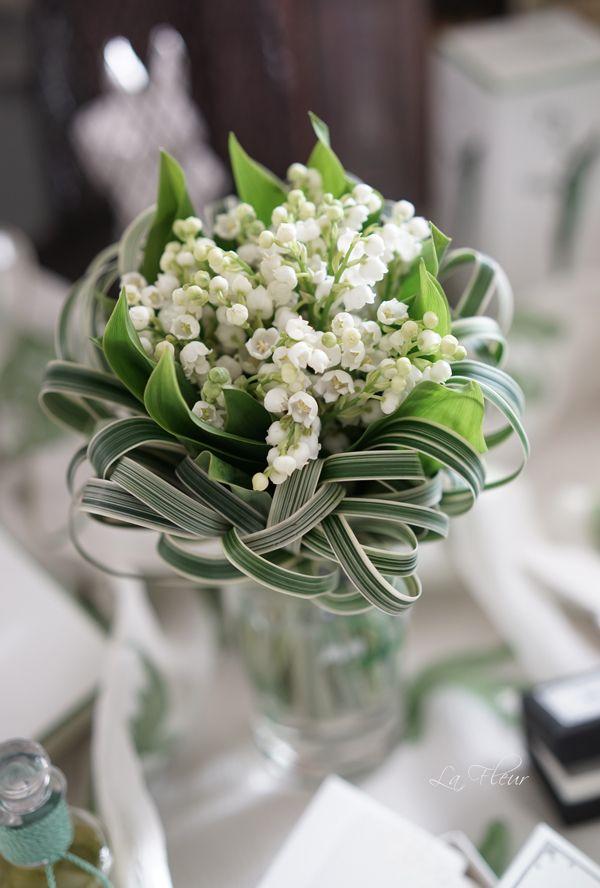 17 meilleures images propos de bouquets mariage sur pinterest bouquets de broches mariage. Black Bedroom Furniture Sets. Home Design Ideas