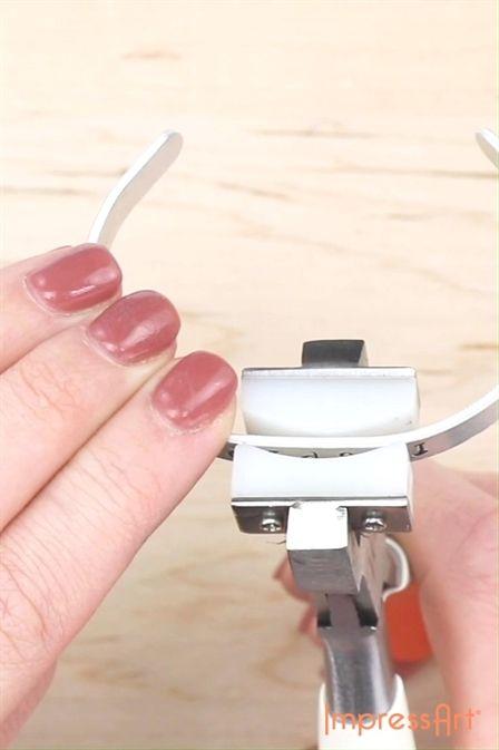 Bracelet Bending Technique | Jewelry Making…   – Jewelry Organizer
