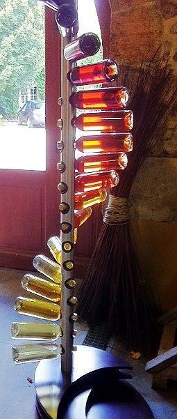 Spiral wine rack