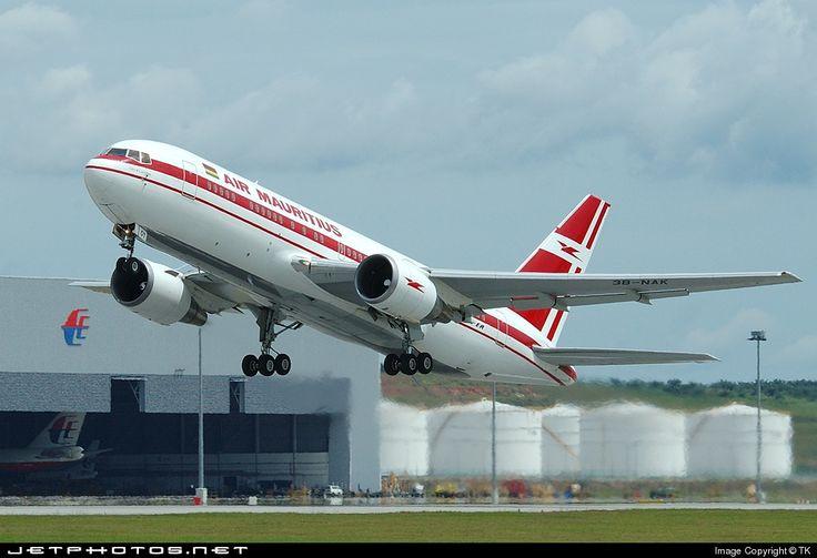 Air Mauritius Boeing 767-23B(ER)