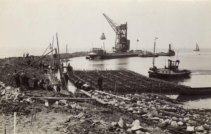 Afsluitdijk, Holland 1932