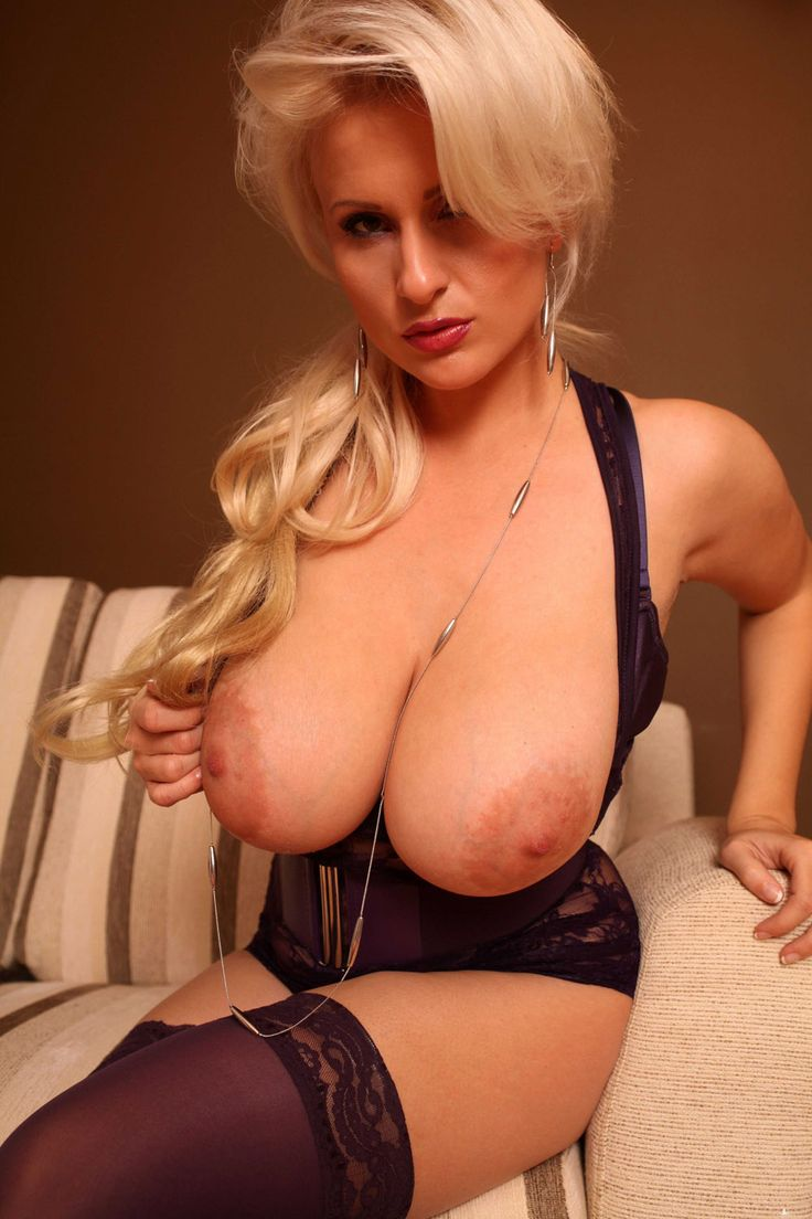 The big boob sydneyy jj porn!! wow this