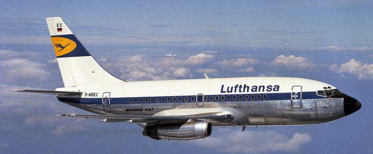 El primer #BOEING #737 de #Lufthansa entró en servicio el 10 de febrero de 1968...#VINTAGE,#RETRO...