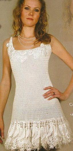 """Gancho de vestido curto - Modelo, tirado de uma revista. Descrição tamanho 42-46. vestido ligado gancho № 2,1 e 1 em 250 g de """"Maxi"""" fios (100 565m/100g% algodão) e 20 g de """"pérola YarnArt"""" (100% de viscose, 270m/90g) branco. esquema tricô vestido de crochê"""