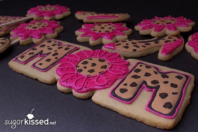 Mother's Day Leopard Print Cookies (sugarkissed.net): Leopard Party, Mothers, Cookie Ideas, Cookies Sugarkissed Net, Decorated Cookies, Leopard Prints, Loves Leopard