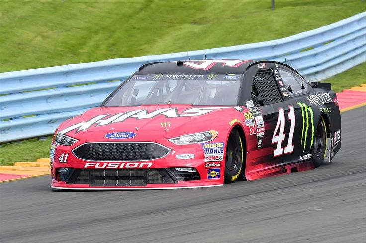 Starting lineup for I LOVE NEW YORK 355 at The Glen Saturday, August 5, 2017 Kurt Busch will start 18th in the No. 41 Stewart-Haas Racing Ford Crew chief: Johnny Klausmeier Spotter: Tony Raines Photo Credit: Nigel Kinrade Photography Photo: 18 / 37