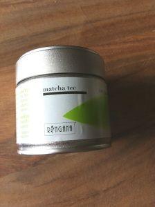 Met een natuurlijk en zelfgemaakt Matcha gezichtsmasker voel je je verfrist en krijg je een zijdezachte huid. Te koop via: www.naturesbestcosmetics.com