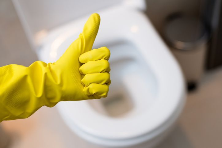 6 astuces pour des toilettes propres et qui sentent bon en toutes circonstancesnoté 3.3 - 86 votes Il convient de considérer avec sérieux l'importance de bien nettoyer ses toilettes. Il n'est jamais agréable de s'installer dans des toilettes qui sentent mauvais ou qui sont sales. Et combien d'entre vous se sont déjà sentis peu rassurés … More