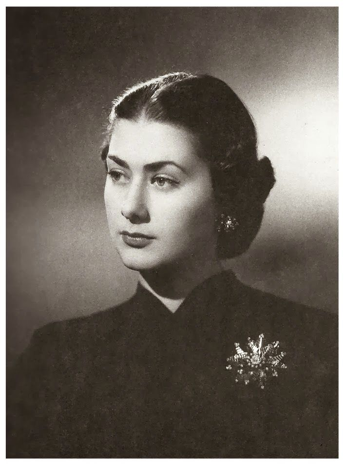 Hanzade sultan (princess Hanzade, granddaughter of the last ottoman sultan)