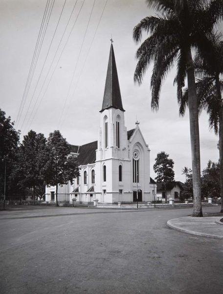 kampung indian: Foto-Foto Gereja Di Bandung Tempo Dulu