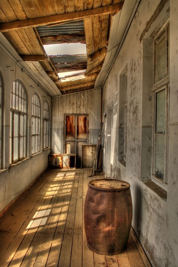 40 best images about A B A N D O N E D • Town: Kolmanskop ...